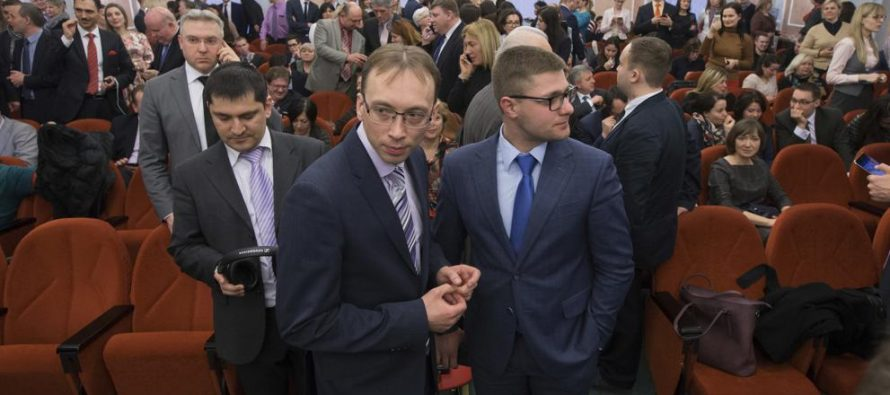 RUSIA PROHÍBE A LOS TESTIGOS DE JEHOVÁ AL CONSIDERARLOS UNA ORGANIZACIÓN EXTREMISTA
