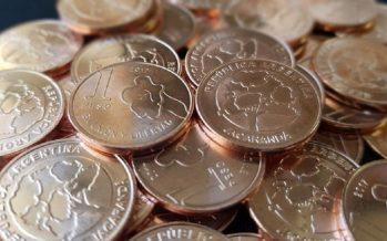 El Banco Central ya puso en circulación las nuevas monedas de 1 y 5 pesos