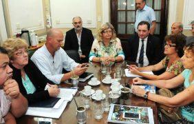 El gobierno de la provincia convocará a paritarias a los gremios estatales