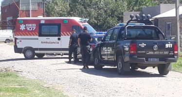 Dos jóvenes resultaron heridos tras ser baleados en inmediaciones al Polideportivo Municipal