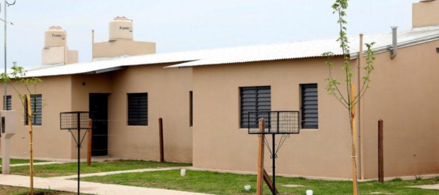 La provincia confirmó la construcción de 20 viviendas en Esperanza